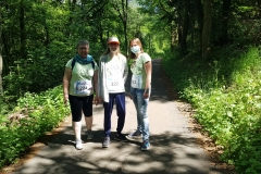 Startnummer 224: Als Intensiv-Läufer unterwegs mir Patientin Sarah. Aber die Runde haben wir locker im Hunsrücker Wald geschafft. Herzliche Grüße, Doris Kristin & Sarah