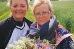 Startnummer 415: Wir waren zwar etwas langsam, durch mich -egal, aber wir haben nebenbei auch toll Blumen gesammelt :) Danke mein Schwesterherz:) ( sie ist als Ersatz für meine Mama 417 mitgelaufen)